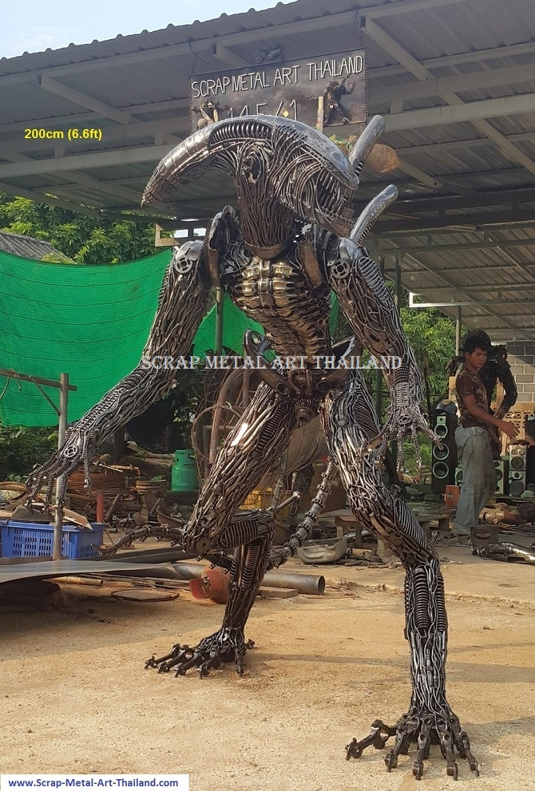 alien statue/sculpture, lifesize recycled scrap metal art from Thailand