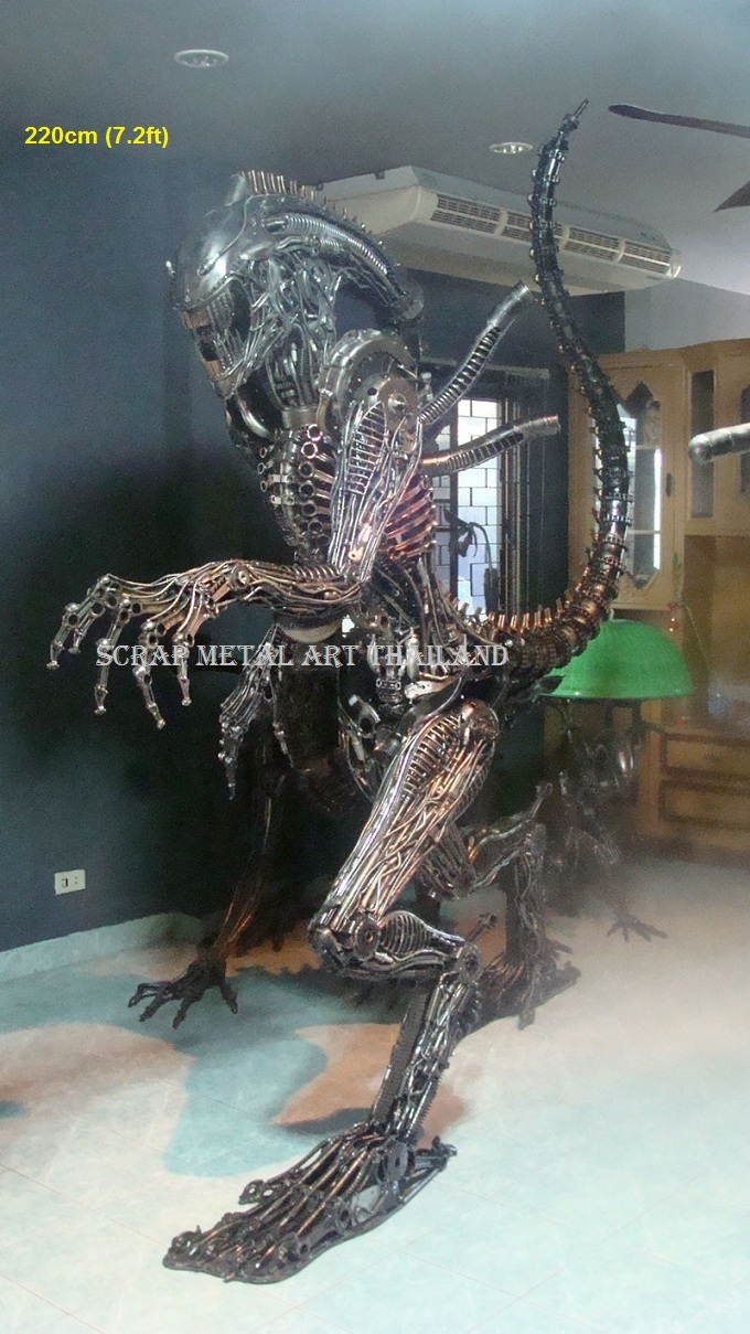 Alien life size Statue for sale Figure Sculpture Metal Replica