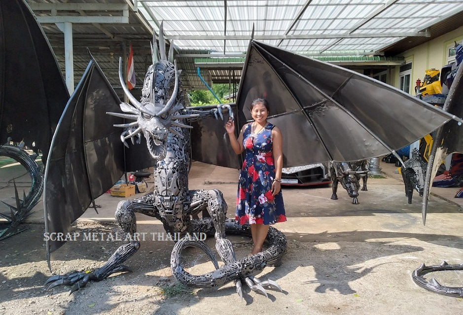 Dragon Statue Sculpture for sale, three-headed, Life Size Metal Animal Sculpture Art from Thailand