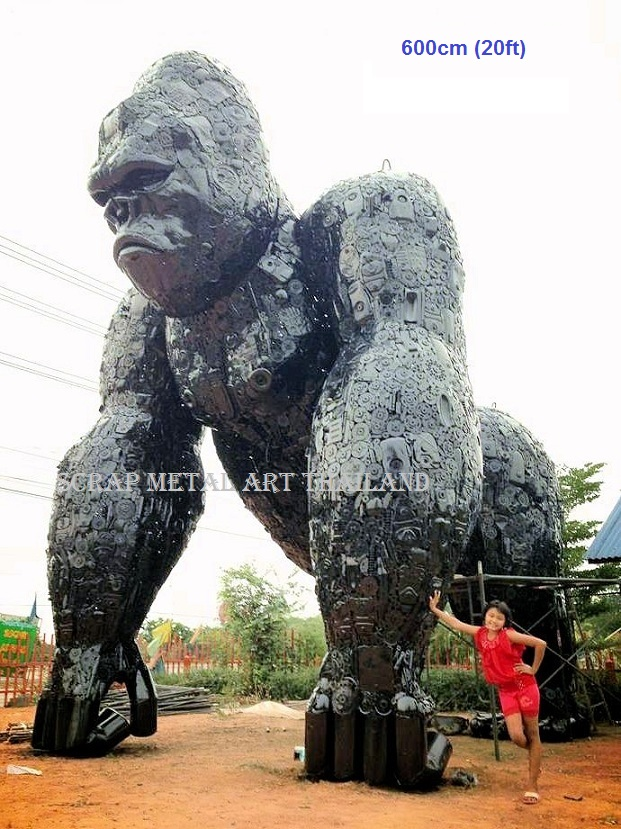 Giant gorilla king kong huge figure statue replica scrap metal art for sale