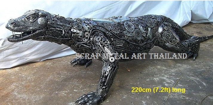 komodo dragon sculpture scrap metal animal art life size