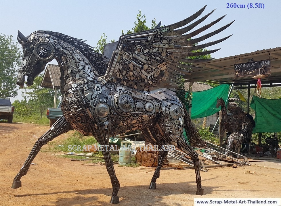 Pegasus Statue Sculpture for sale, Life Size Metal Animal Yard and Garden Art from Thailand