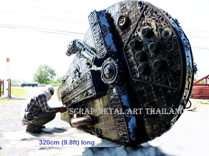 Star Wars Millennium Falcon replica for sale, metal star ship scalemodel