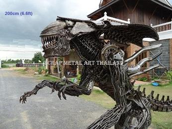 Alien Queen Statues Life Size metal Figures Sculptures Replicas  for sale