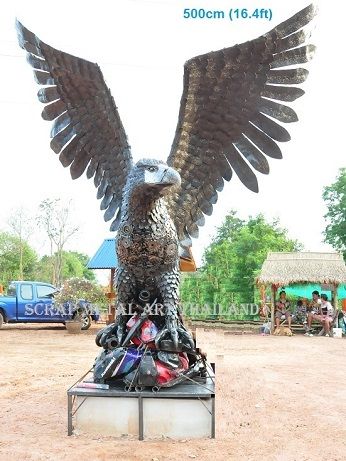 Giant eagle sculpture/statue life size scrap metal art for sale