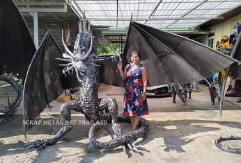 Dragon statue sculpture, life size scrap metal art from Thailand