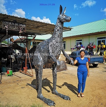 Giant Kangaroo statue sculpture, life size scrap metal art for sale