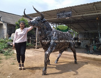 spanish bull statue metal animal art made in thailand for sale